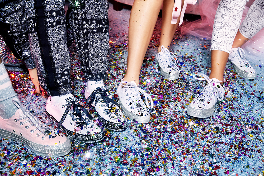 d0f7b801976776 Miley Cyrus Puts Her Twist On The Classic Converse Sneaker - NYLON ...