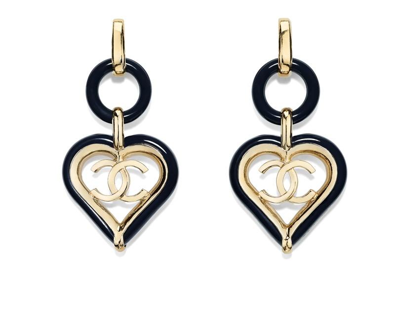 Earrings in golden metal and blue resin