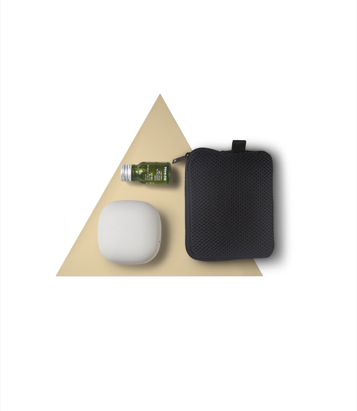 Portable Aroma Diffuser & Selected Essential Oil Set ($69)
