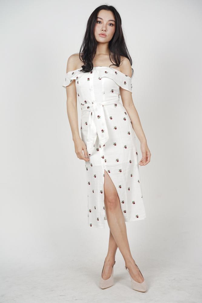 MDS Ereni Slit Dress in White Floral ($62.90)
