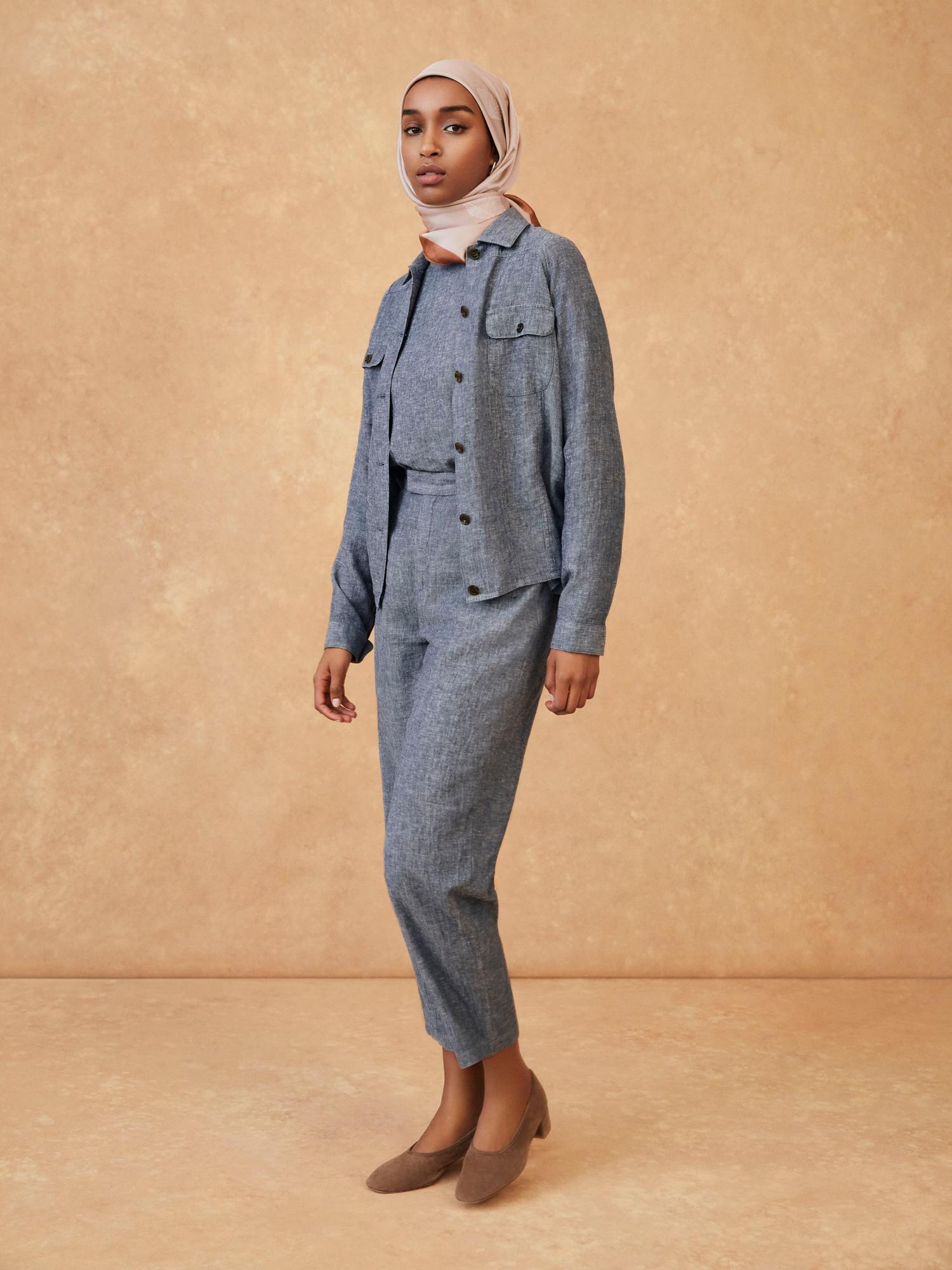 W's HPJ Square print stole + W's HPJ Linen blended oversized L/S blouse + W's HPJ Linen blended oversized short jacket + W's HPJ Linen blended relaxed ankle pants