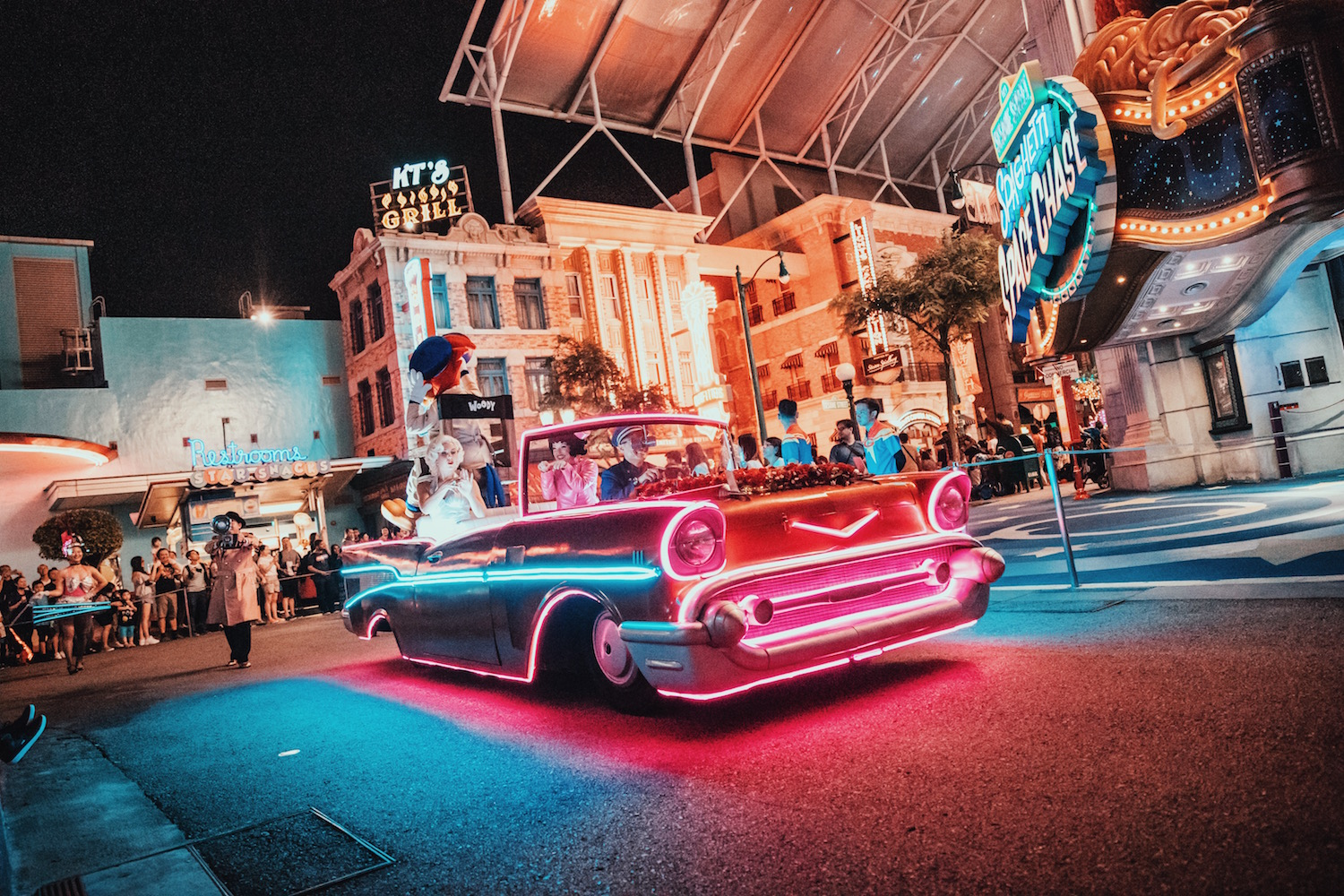 Universal After Hours: Stars In Cars