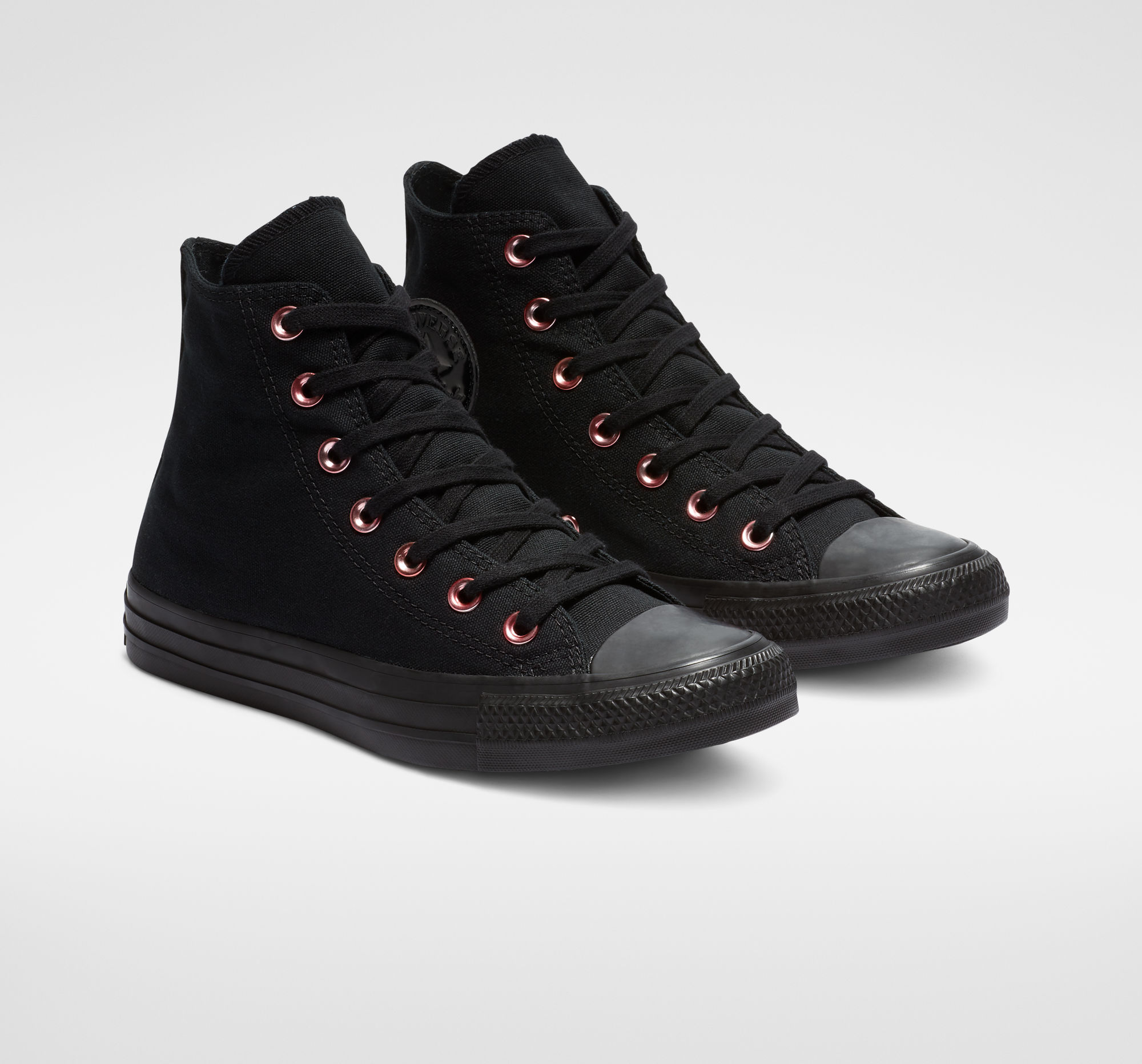 Chuck Taylor All Star Hearts High Top in Black/Rhubarb/Black