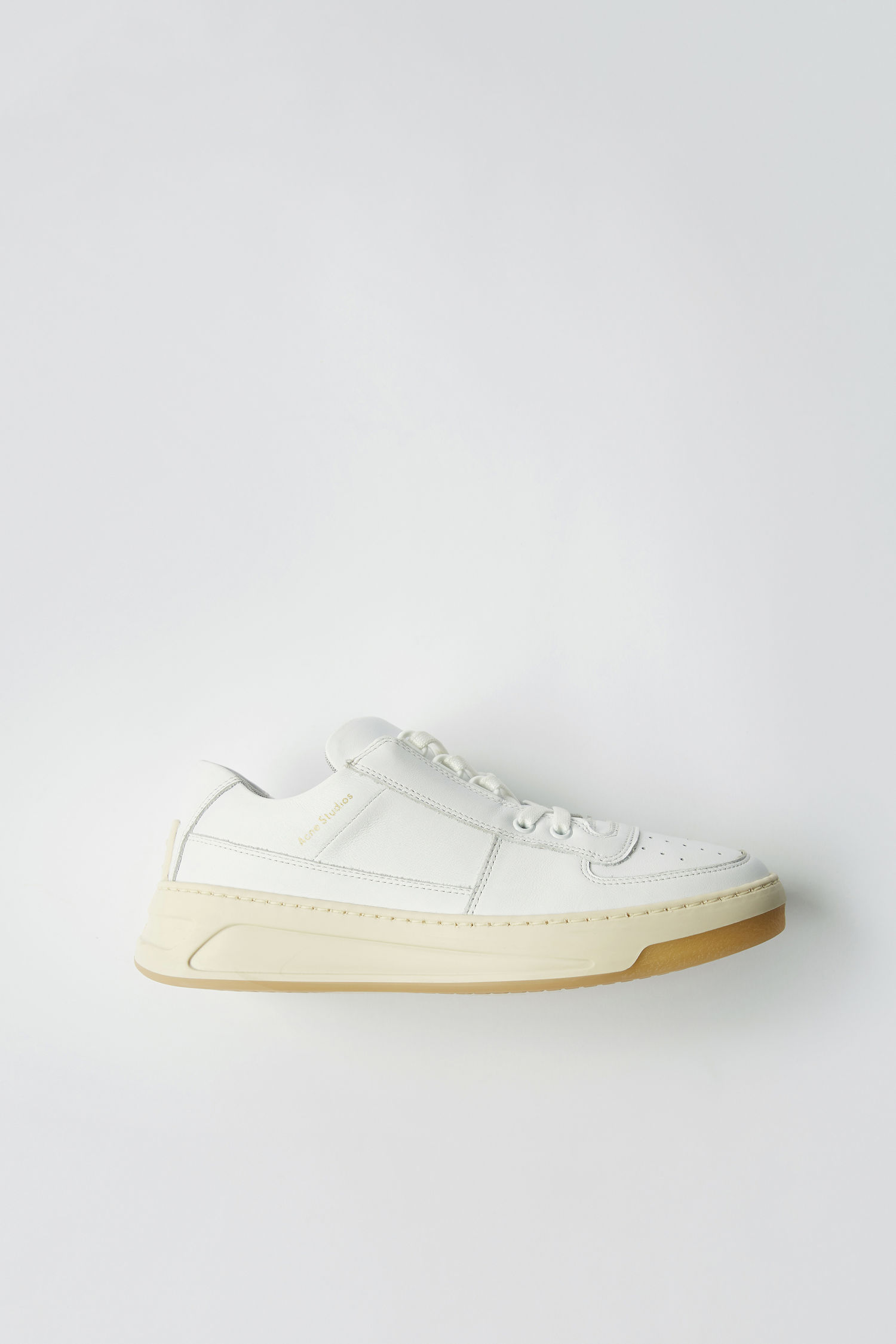 Acne Studios Perey Lace Up in white/white (€320)